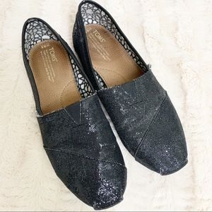 Toms Metallic Black Flat Loafers. 9.5.